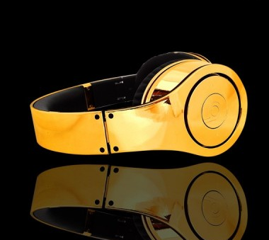 Dr Dre Beats gold headphones